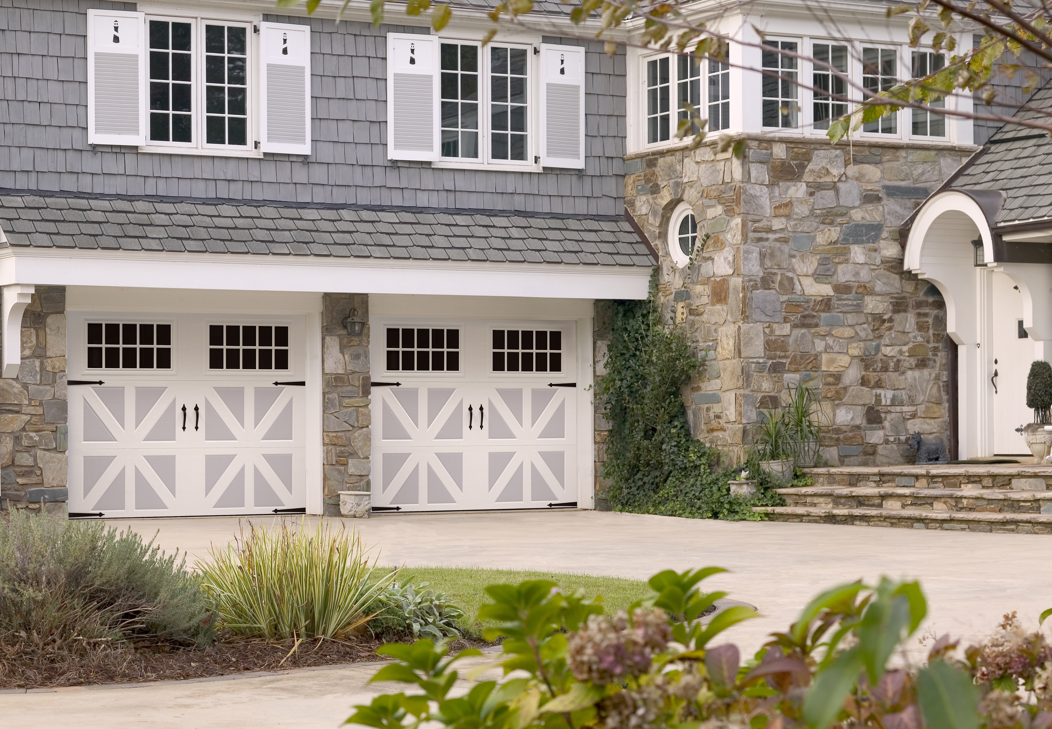 2775 #505B1B Amarr Recently Introduced Two New Offerings To The Classica Collection  image Amarr Custom Garage Doors 37534000